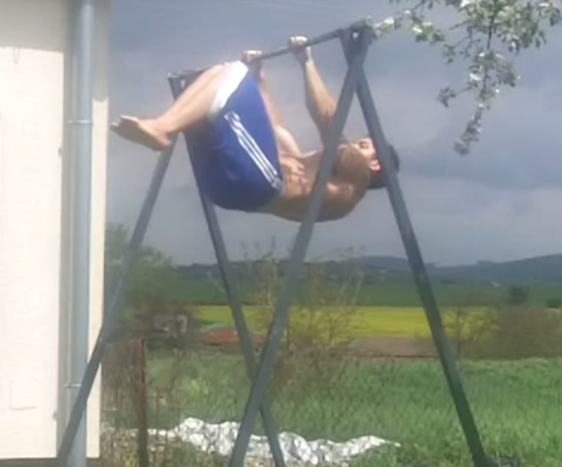 tucked-front-lever