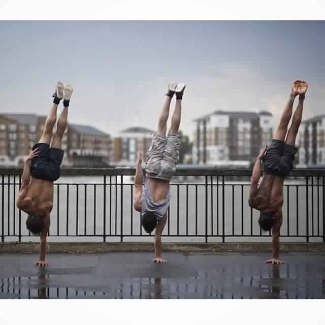 one-arm-handstand